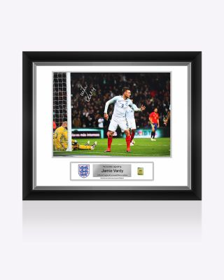 Official England Vardy Signed Picture