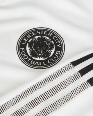 2021/22 White Walkout Jacket